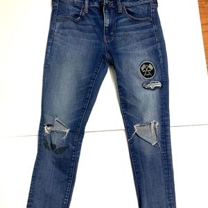 American Eagle patches destroyed jeans size 8